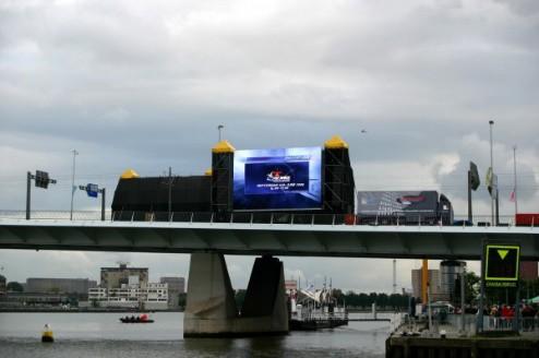 2005  Red Bull Air Race