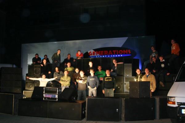 2006  Crew van Generations Light & Sound